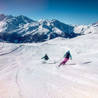 Dream Descents by Ski and Snowboard | Valais Switzerland
